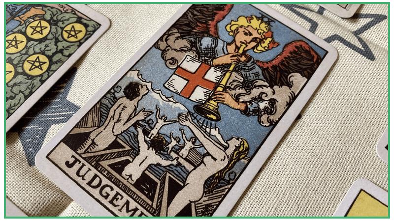 「審判」のカード